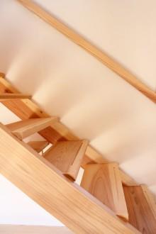軽やかな階段