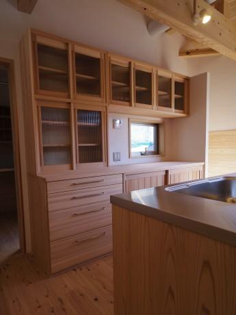 無垢材 食器棚