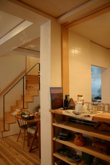キッチン回りの造作棚