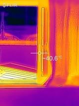 アルミサッシの温度