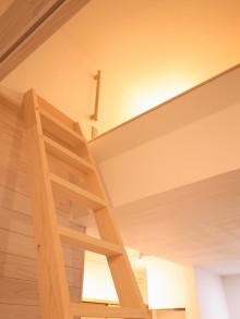 吊りロフト。